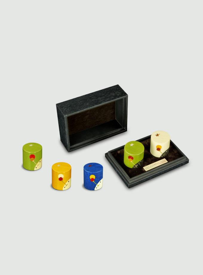 Miniurnen mit Intarsienmotiven kleiner Prinz